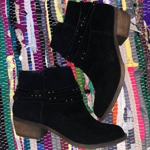 Kensie size 7 women's booties
